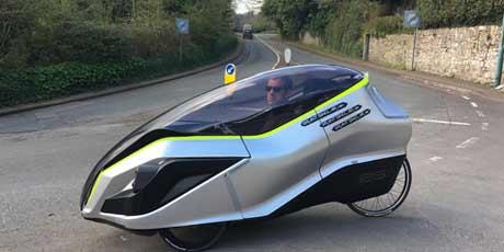 Sepeda Listrik IRIS eTrike Solusi Atasi Kemacetan?