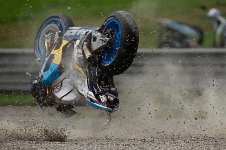 Highside Crash Jack Miller MotoGP Austria 2016 - pertamax7