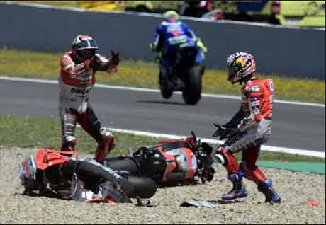 Hasil Balapan MotoGP Spanyol 2018, Rossi VS Marquez?
